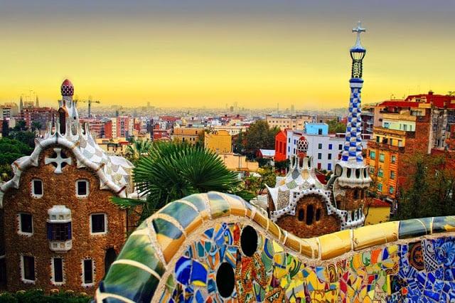 Atardecer en el Parque Güell en Barcelona