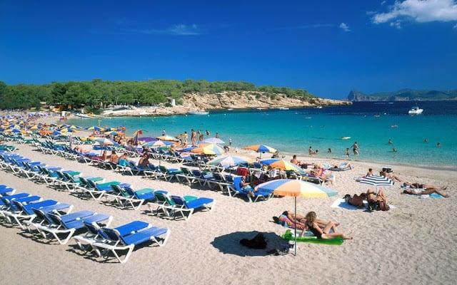 Playa Cala Bassa en Ibiza