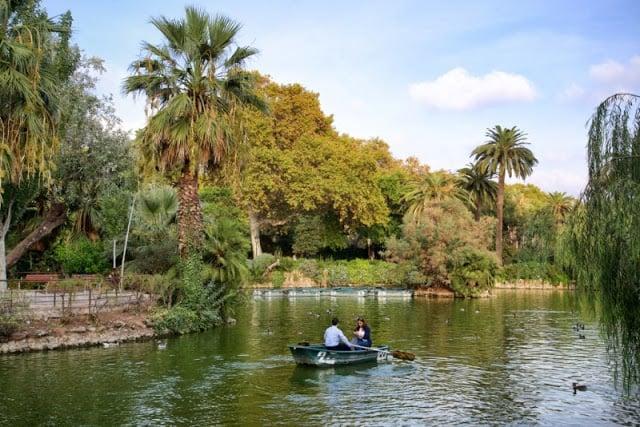 Paseo en barco en el Parque de la Ciutadella