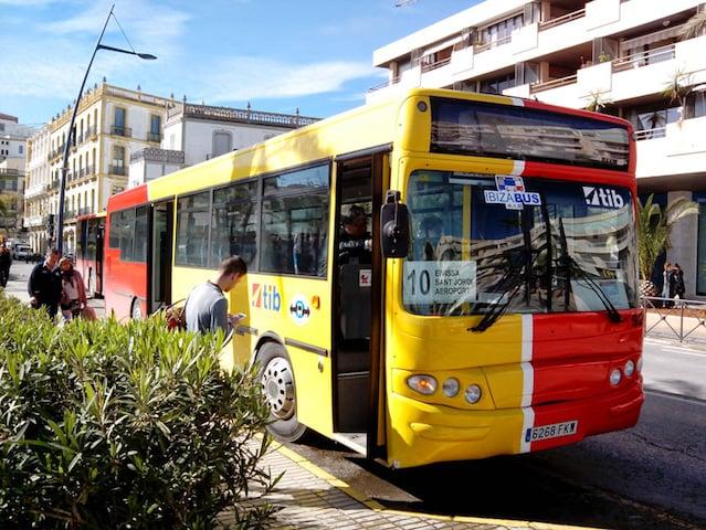Autobús del aeropuerto de Ibiza al centro