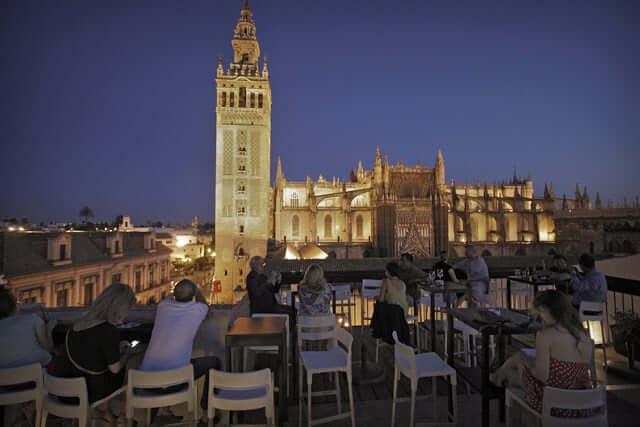 Sevilla durante la noche - bares