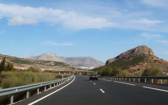Documentos para alquilar un automóvil en Granada