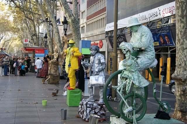 Artistas urbanos en Las Ramblas