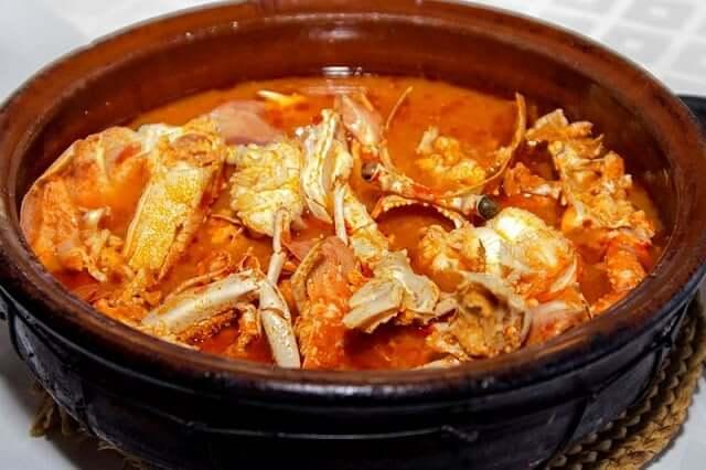 Caldereta de Lagosta - Comer en Menorca