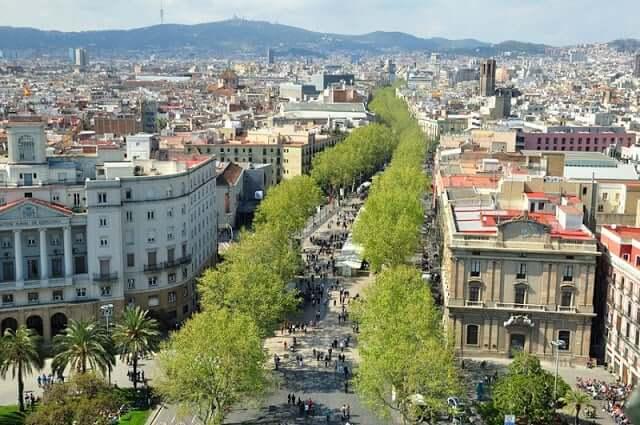 Paseo en el centro de Barcelona - Las Ramblas