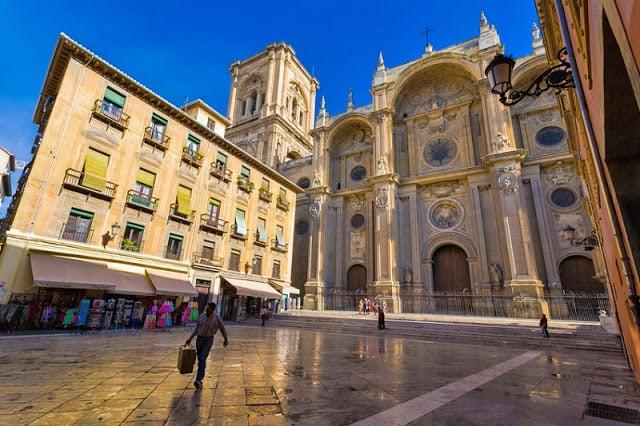 Hospedaje en el centro turístico de Granada - Catedral
