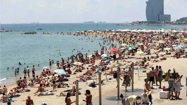 Agosto en Barcelona - alta temporada en las playas