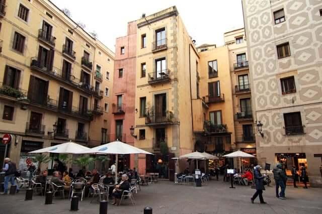 Plaza Santa María en Barcelona