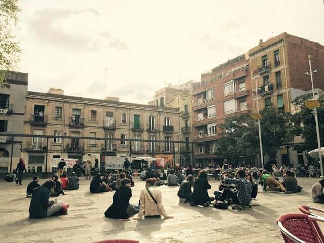 Plaza del Sol en Barcelona