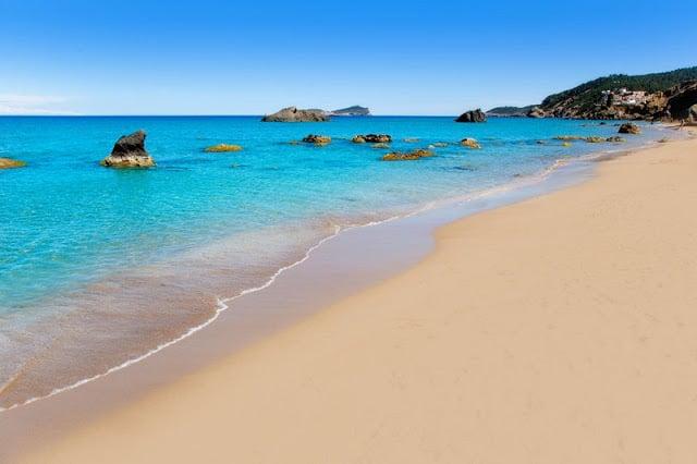 Playa Agua Blanca en Ibiza