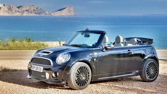 Alquila un automóvil en Ibiza