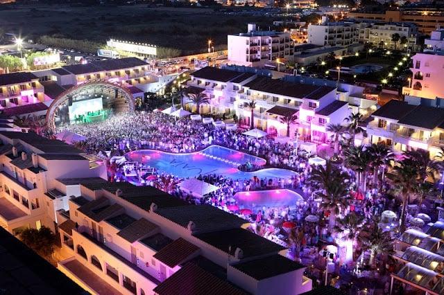 Discotecas y fiestas en Ibiza