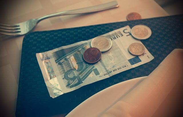 Propinas en Barcelona y España: Cuánto y cuándo pagar