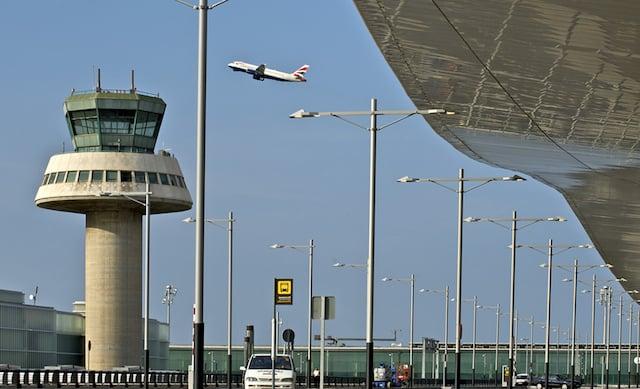 Cómo ir del aeropuerto de Barcelona al centro turístico