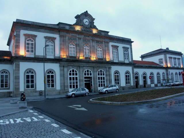 Viaje en tren de Barcelona a Porto