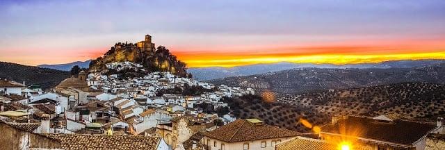 Dónde alojarse en Granada: mejores regiones