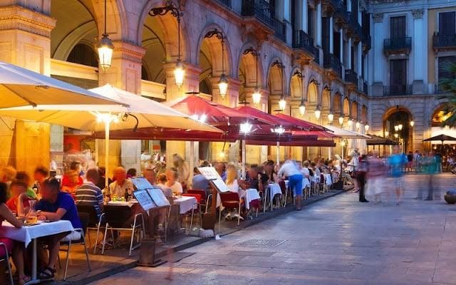 10 consejos de comida y bebida en Barcelona