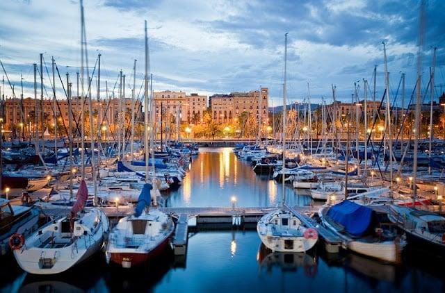 Regiones de Port Vell, Barceloneta y Port Olímpic en Barcelona